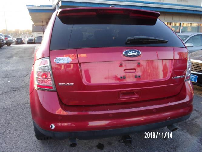 2010 Red Ford Edge (2FMDK3KC3AB) with an V6, 3.5 Liter engine, Automatic, 6-Spd w/Overdrive transmission, located at 1400 State Avenue, Kansas City, 66102, (913) 621-1206, 39.116623, -94.644836 - Photo #4